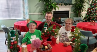 Cabot Cove of Largo Assisted Living Celebrating Together