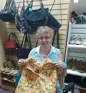 Seniors on Shopping Trips Buying Clothes with Cabot Cove of Largo Assisted Living